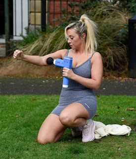 kimberly hart simpson working out at a park in manchester 10 21 2020 23