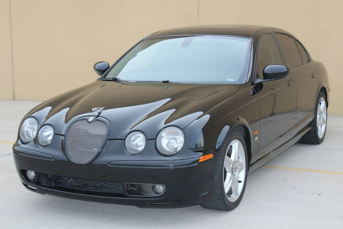 daily turismo no chevy 2003 jaguar s type r. Black Bedroom Furniture Sets. Home Design Ideas