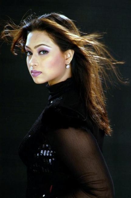 Sadika Parvin Popy Biography & Images 25