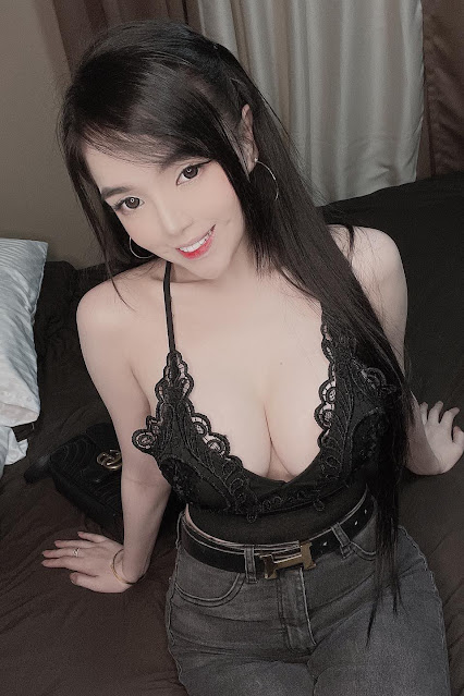 Hot and sexy tiktok videos of beautiful busty asian hottie chick Pinay booty model Nicole Kim Pascual video highlights on Pinays Finest sexy nude photo collection site.