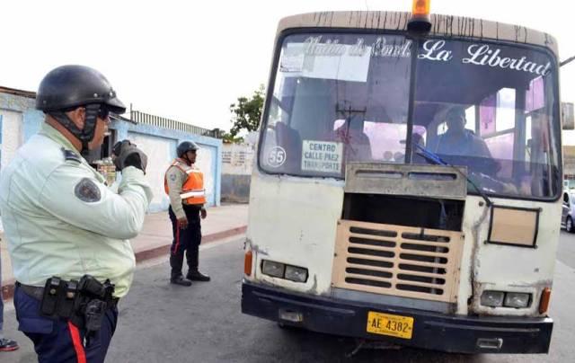 Detective del CICPC asesinado en una parada de autobuses durante robo colectivo
