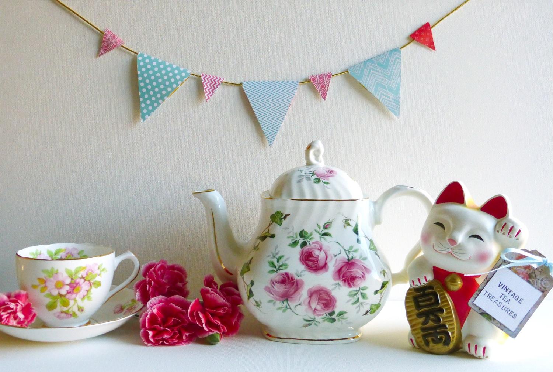 Vintage Tea Treasures, Vintage Tea Treasures on Etsy, Vintage Tea Treasures Etsy Shop, Crown Dorset teapot, pink rose Crown Dorset teapot,