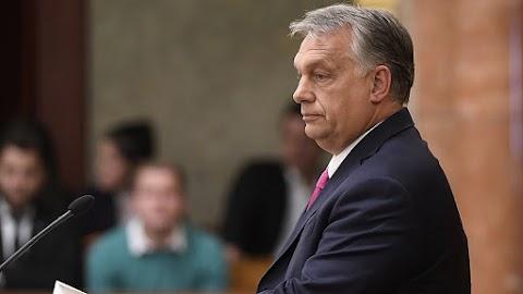 Dél körül várható Orbán Viktor bejelentése a gazdaságvédelmi akciótervről