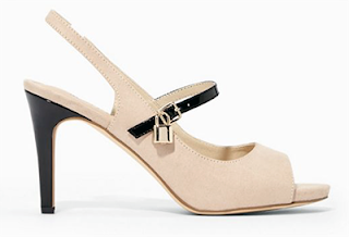 The latest addition to Stana's shoe wardrobe