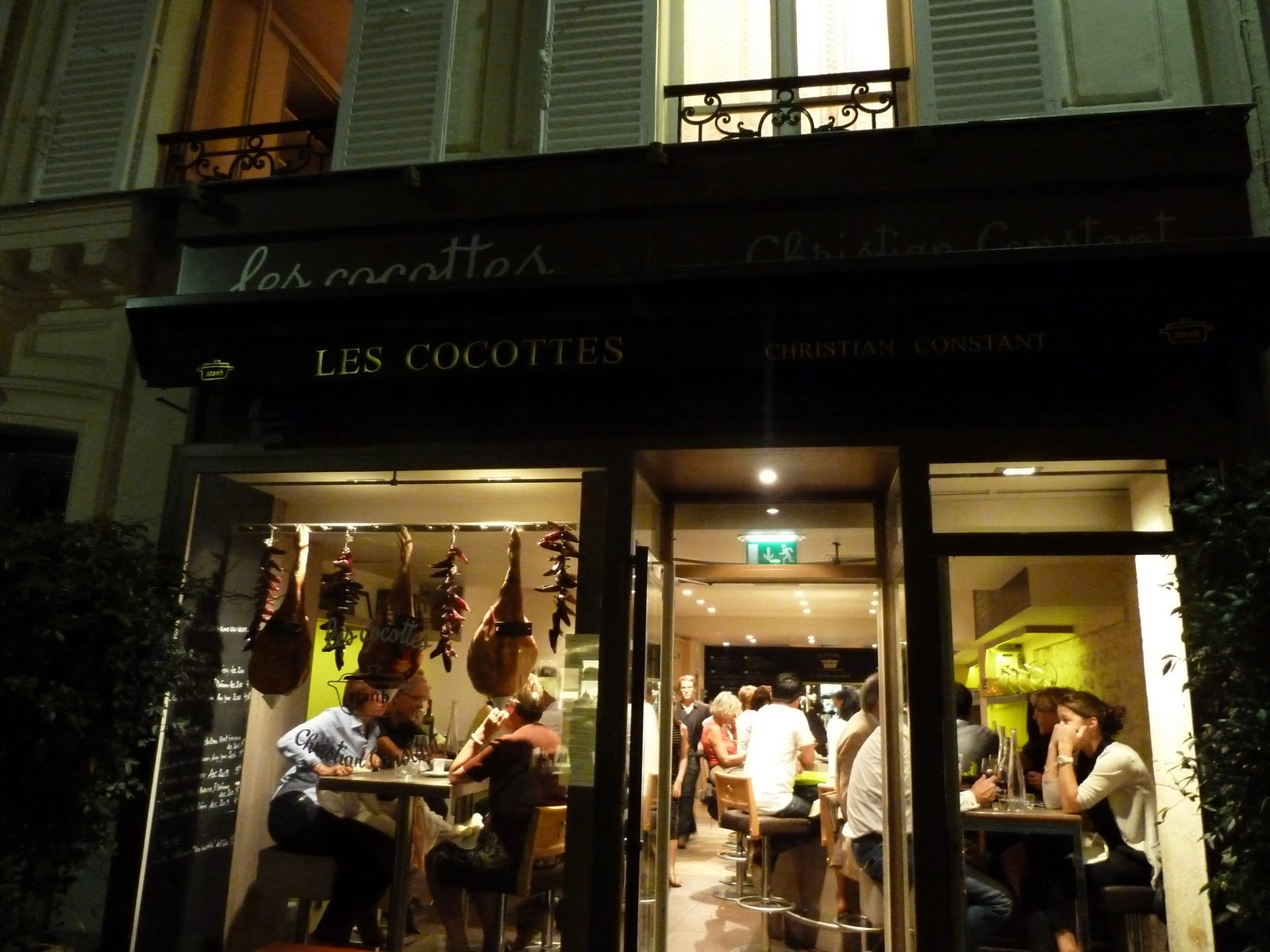 paris missives les cocottes restaurant review. Black Bedroom Furniture Sets. Home Design Ideas