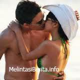 Bunga Citra Lestari dan Ashraf Sinclair ciuman