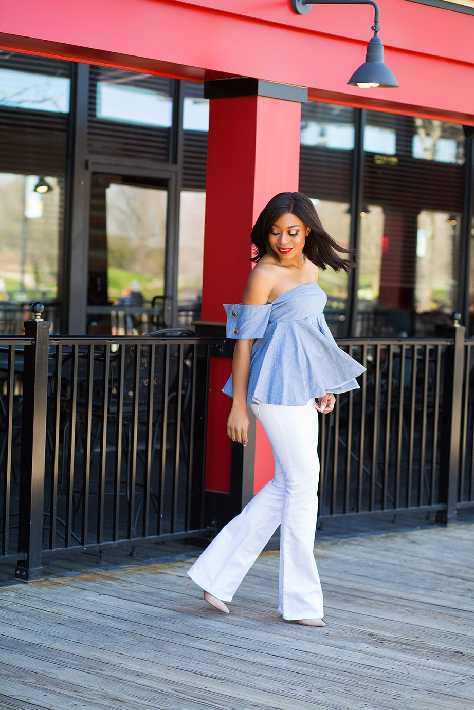 Fourth of July style inspiration, off shoulder top, white jeans, www.jadore-fashion.com