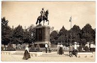 Antigua estatua de Pedro I en Riga