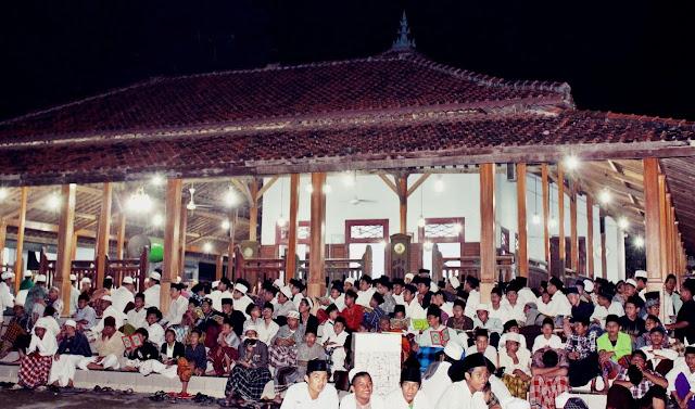 Sejarah Berdirinya Buntet Pesantren Astana Japura Cirebon