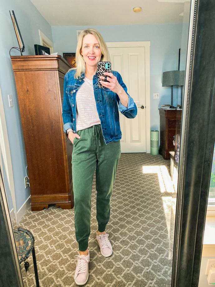 jogger pants outfit ideas