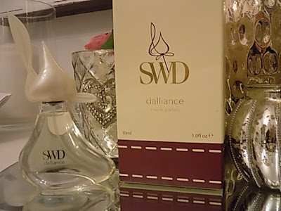 she who dares dalliance eau de parfum review