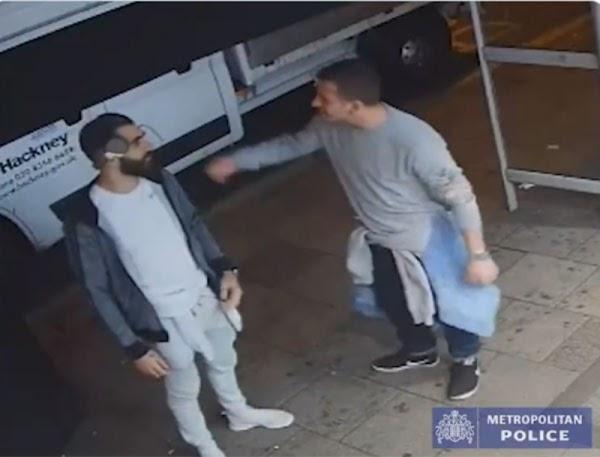 Indigna video que muestra la reacción de 2 hombres tras abusar de una joven en un bar.