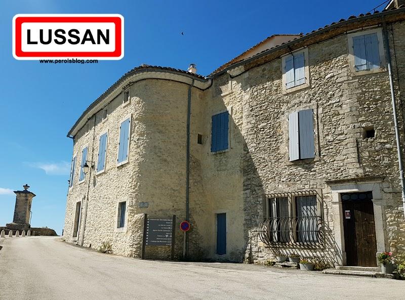 """Lussan """" Les plus beaux village de France """""""