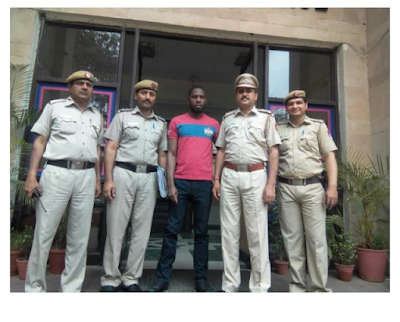 india police arrest Nigerian man from Edo State, Morgan Harry Osayanda for scam coverting black dollar into original dollar with chemical