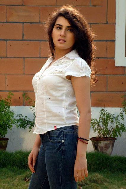 Telugu Actress Archana Latest Stills Actress Trend