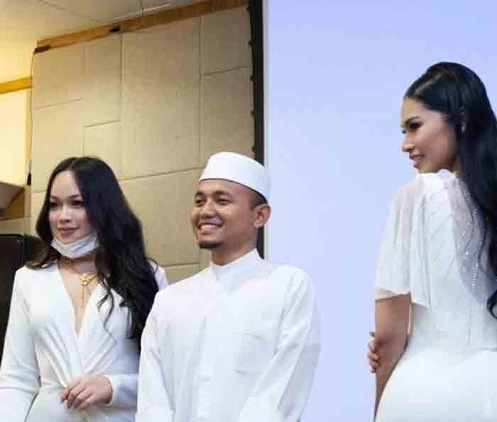 'It's not like I hugged them': Photo of preacher PU Amin flanked by Instagram influencers sparks controversy, News, Religion, Social Media, Controversy, Criticism, World