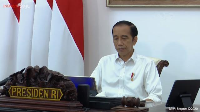 Presiden Jokowi Sempat Batuk-batuk saat Pimpin Ratas, Kurang Sehat?