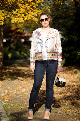 http://seaofteal.blogspot.de/2015/10/always-colorful-tweed-jeans.html
