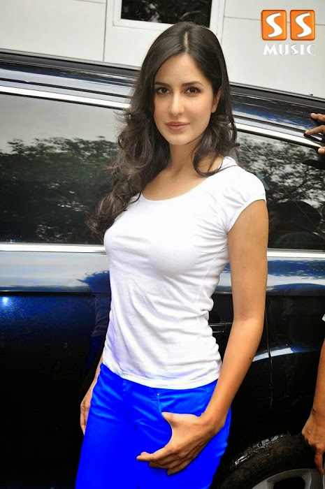 2014 Latest New Hot Pics and Movie Sills of Katrina Kaif Photo Shoot