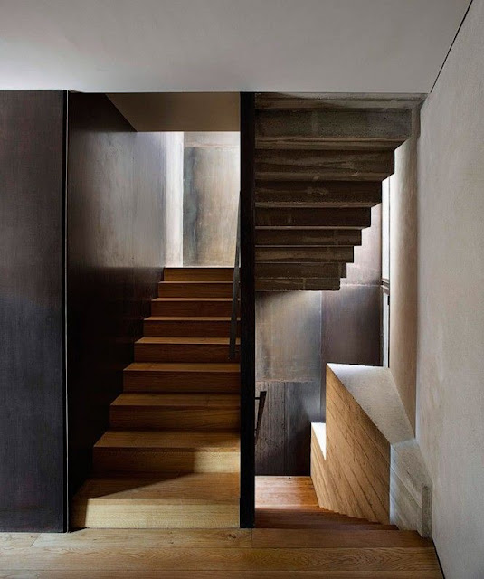 stairway decorating ideas