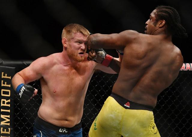 Ryan Spann elbows Sam Alvey UFC 249