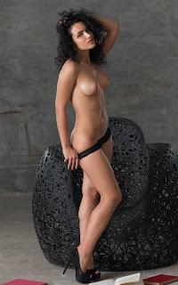 hot chicks - Yulianna-S02-023.jpg
