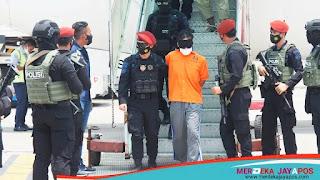 22 Terduga Teroris Kelompok Fahim Operasi Di Jatim Digelandang Ke Jakarta