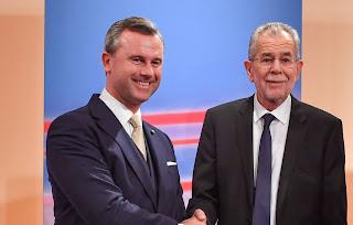 هوفير يتفادى  منافسة الرئيس ألكسندر فان ظير بيلين