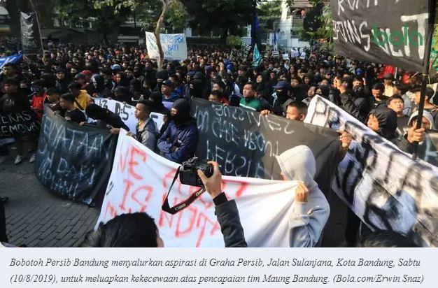 Umuh Muchtar Anggap Aksi Demo Bobotoh Bumbu buat Pemain Persib