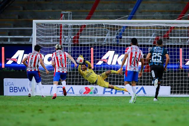 Querétaro y Chivas se reparten puntos desde el estadio Akron en la 9na jornada