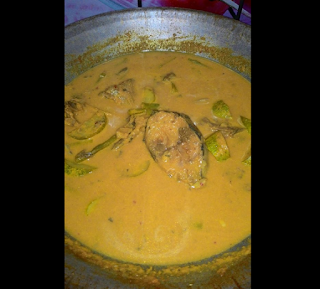 Gulai Kuning Ikan Tongkol Kelantan