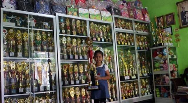 https://www.cnnjava.com/2020/05/viral-gadis-cantik-usia-10-tahun-di.html