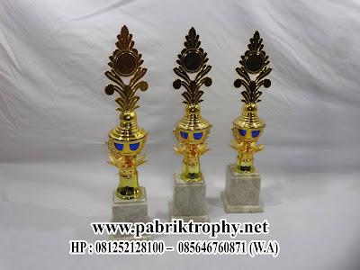 Piala Marmer Minimalis Tulungagung