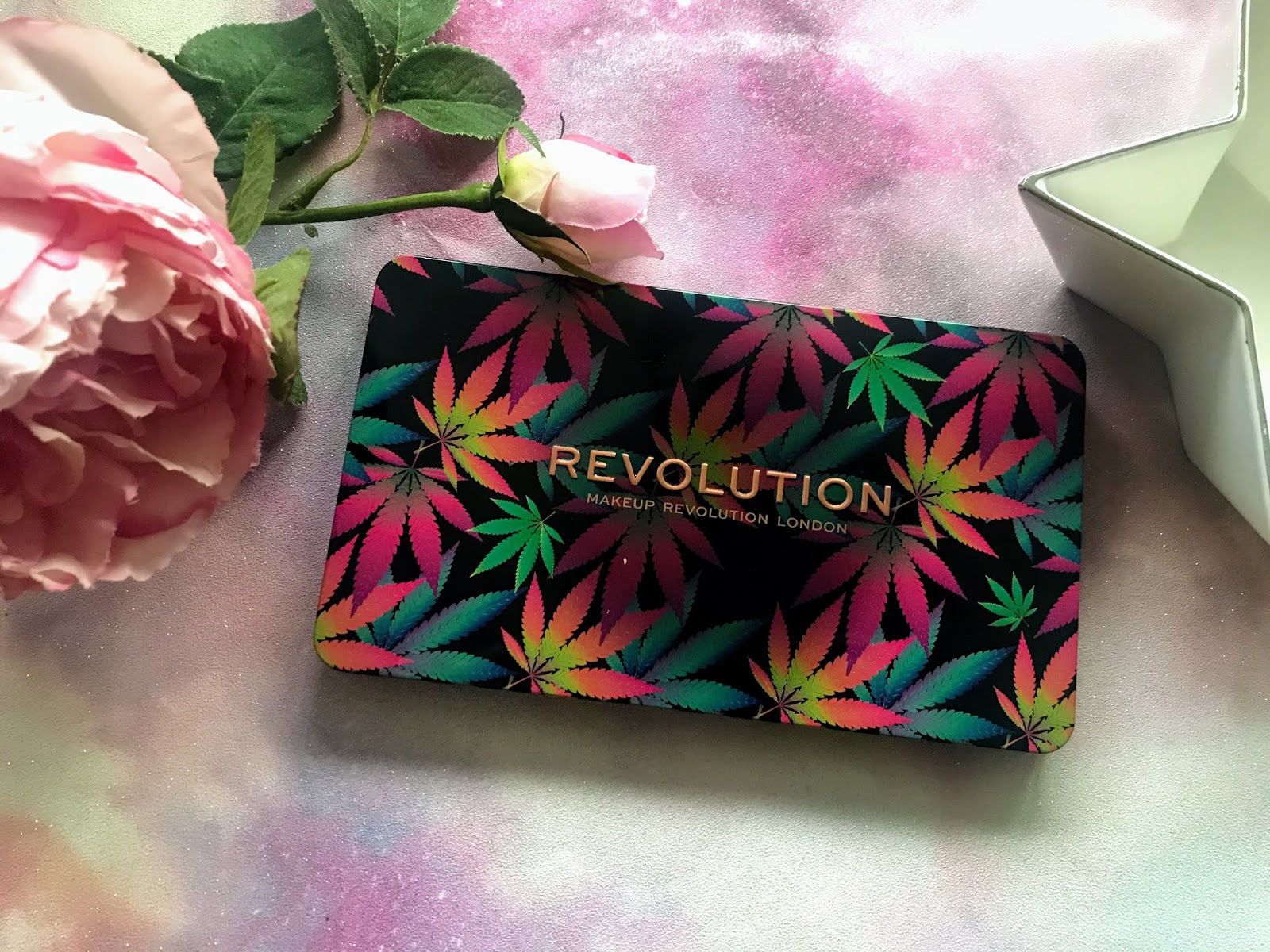 Revolution Forever Flawless Chilled with Cannabis Sativa Palette | Review