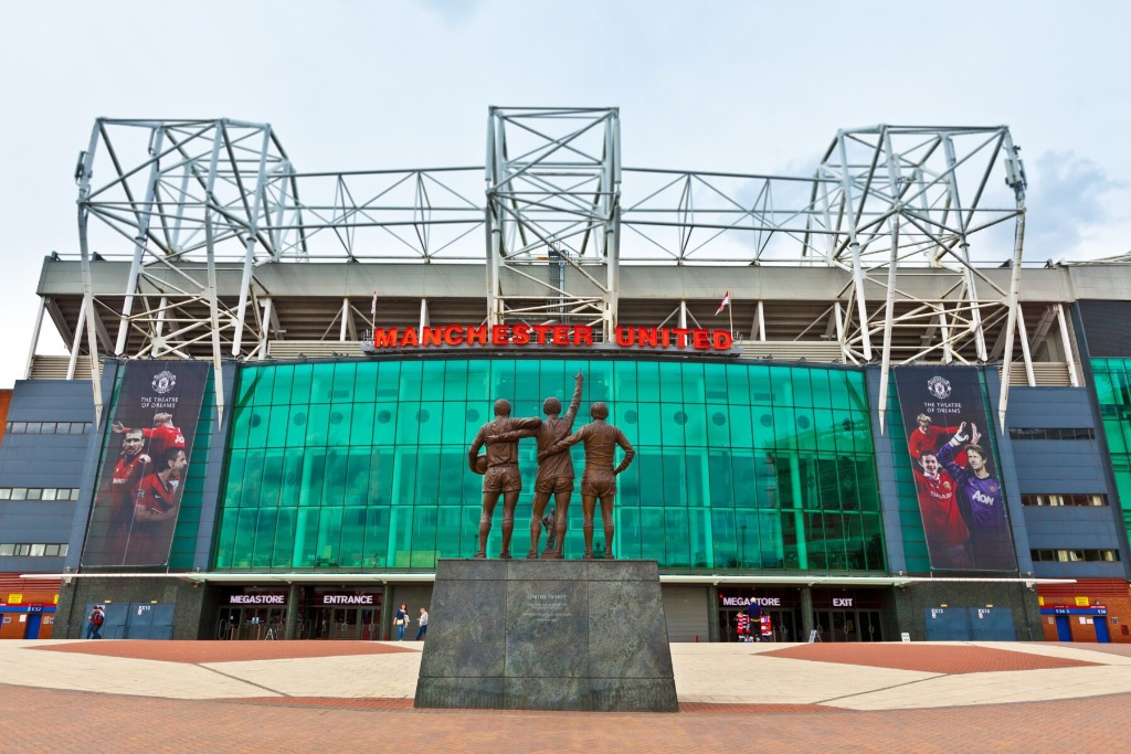 old trafford capacity is nearly 70000 and anyone can get manchester united stadium tour