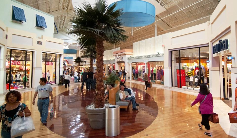 Situado a 40 minutos del centro de Miami, Sawgrass Mills Mall es el cuarto outlet más grande del mundo. Conoce sus ofertas.