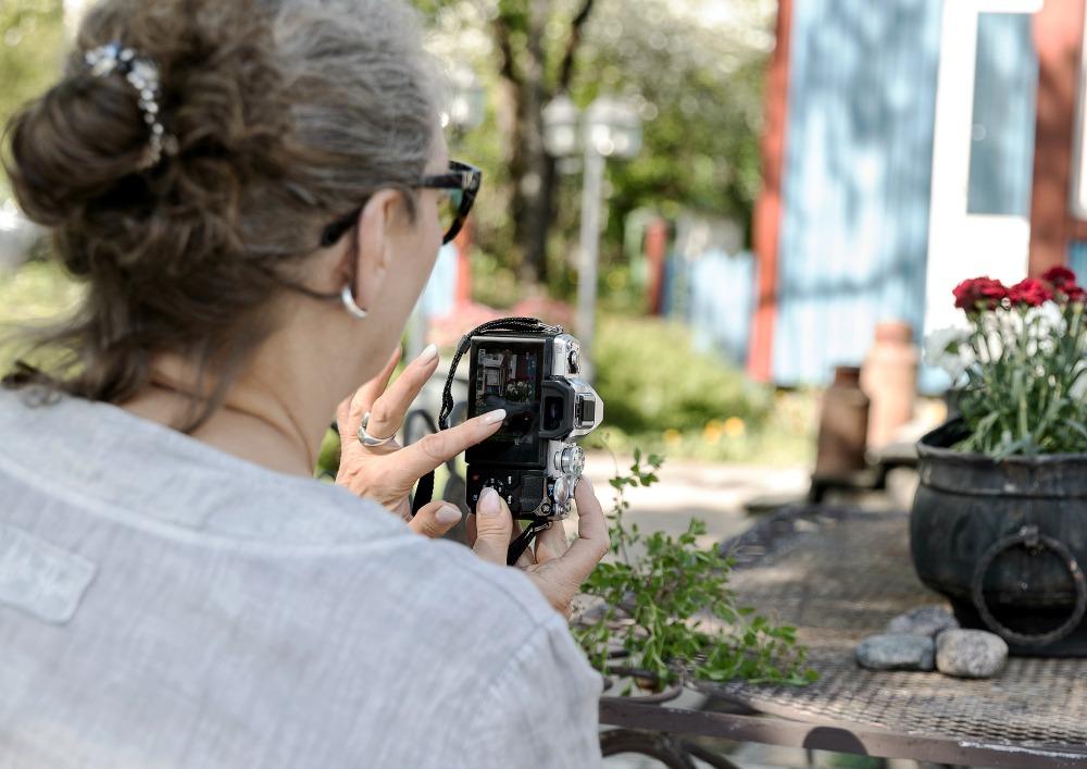 valokuvauskurssi, opetus, kurssi, valokuvauksen peruskurssi, Bedmil, Sipoo, Visualaddict, valokuvaaja, Frida Steiner, Visualaddictfrida, kevät, Merja Varvikko