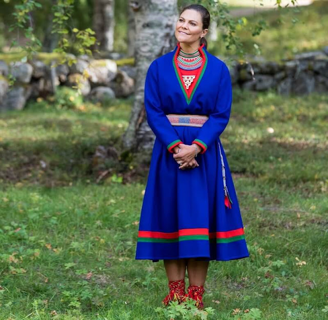The Sami Parliament is both an elected parliament and a State agency. Victoria wearing a replica of traditional Kola Peninsula Sami dress