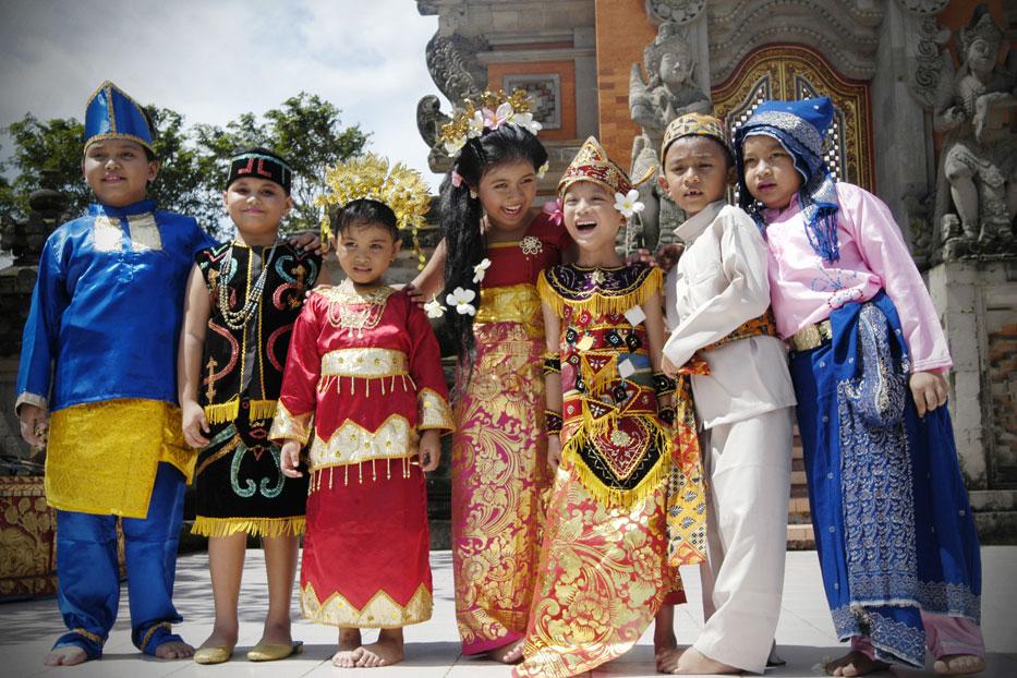 5 Faktor Penyebab Keberagaman Masyarakat Indonesia Materi Belajar