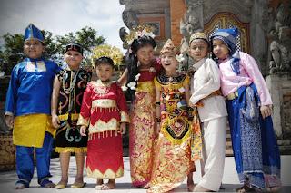Faktor Penyebab Keberagaman Masyarakat Indonesia  5 Faktor Penyebab Keberagaman Masyarakat Indonesia