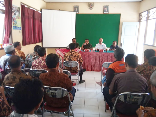 KodimKaranganyar - Tingkatkan Hasil Panen Pelda Imam Hadiri Pertemuan Rutin Gapoktan Sekecamatan Jumapolo