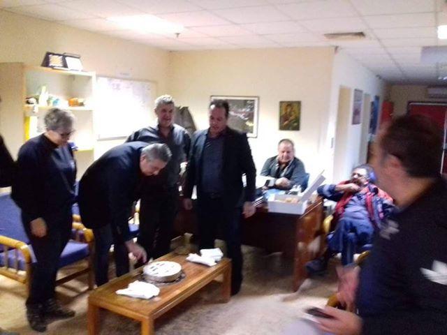 Το ΕΚΑΒ Ναυπλίου έκοψε την Πρωτοχρονιάτικη πίτα του