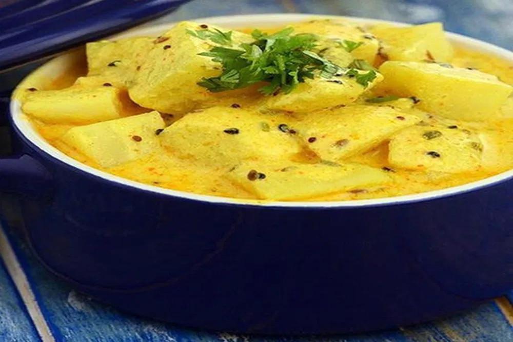 Dahi Aloo Sabzi Recipe in Hindi