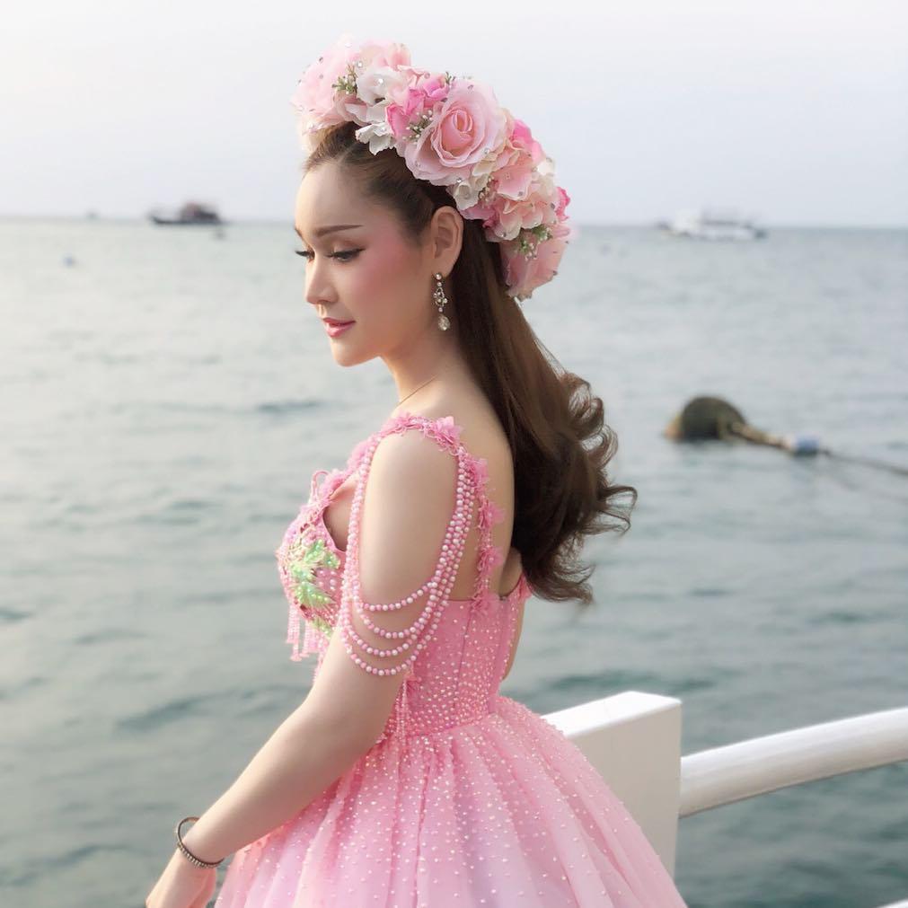 Warunsakorn Pithakponpaisan - Most Beautiful Thai Ladyboy