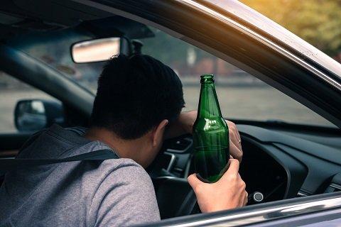 음주운전 1분만에 걸린 20대 남성...형 행세하다 가중처벌
