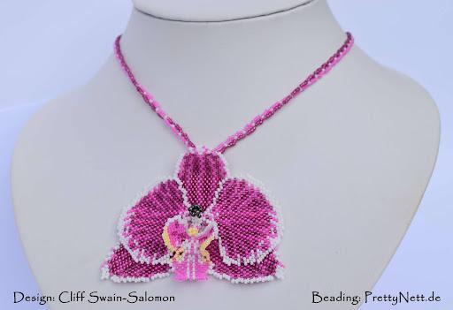 Peyote beaded pendant Phalaenopsis - beaded by PrettyNett.de