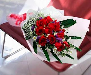 bucket bunga mawar