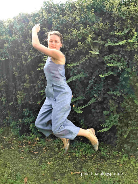 Jumpsuit Iris aus der La Maison Victor im Sprung