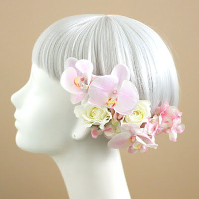 胡蝶蘭とバラの髪飾り(ピンク)-ウェディングブーケと花髪飾りairaka