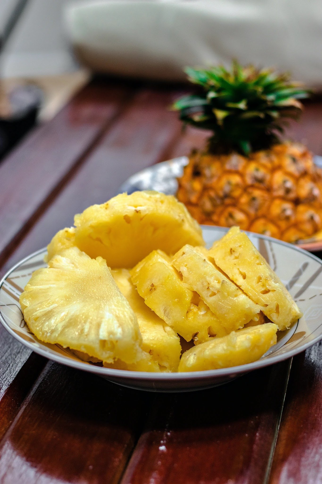 Pineapple health benefits/pineapple benefits for weight loss
